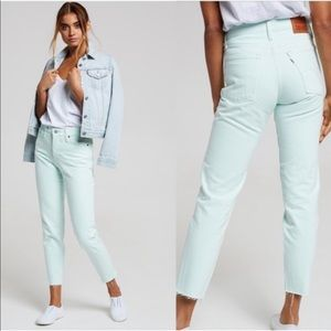 LEVI's Mint green Wedgie Fit Jeans 27 NWT